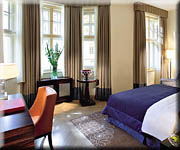 Mandarin Oriental Hotel prague - deluxe suite, double bed